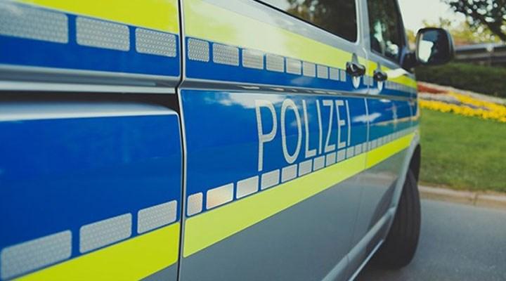 Köln'de sahte aşı cüzdanı operasyonu