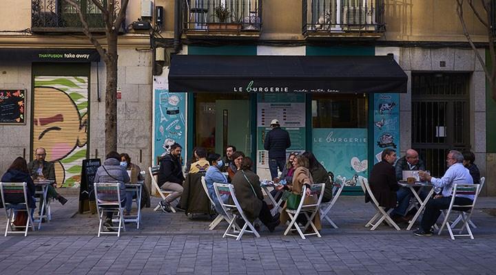 İspanya, koronavirüs aşısı olanlara sınırlarını açacak