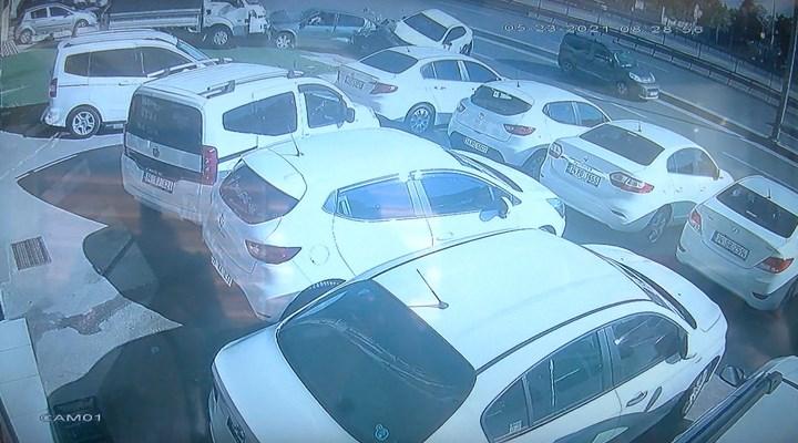 Avcılar'da 12 aracın karıştığı zincirleme kaza kamerada
