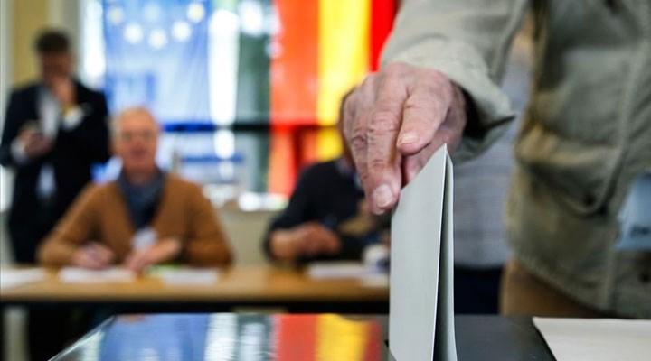 Almanya'da seçim anketleri: Yeşiller zirveyi zorluyor