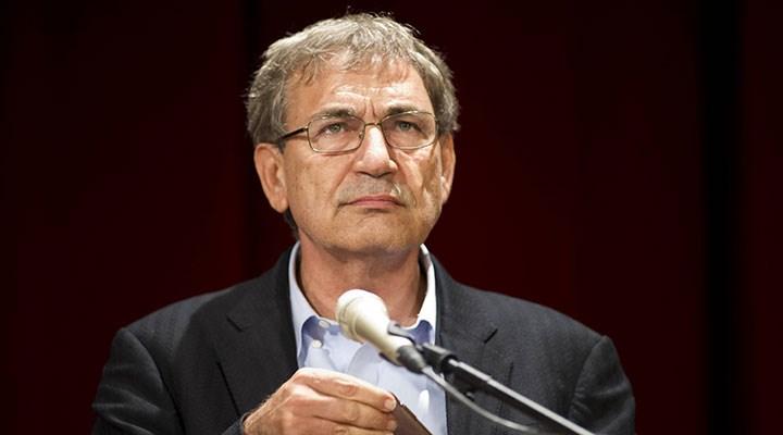 Orhan Pamuk: Siyasi laf edenleri sokakta dövüyorlar, mafya karışıyor işin içine