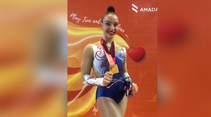 Milli cimnastikçi Ayşe Begüm Onbaşı, altın madalya kazandı