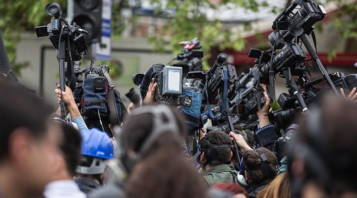 Gazeteciler, baskı ve şiddetle baş başa