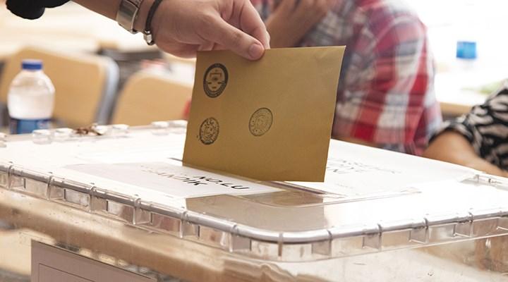 Area Anket: AKP'nin oy oranı yüzde 35.1