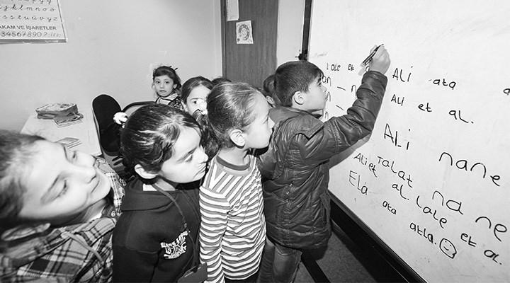 432 bin Suriyeli çocuk okul dışında