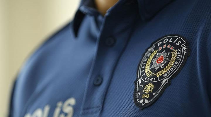 Antalya'da bir polis, emniyet müdürlüğü binasında yaşamına son verdi