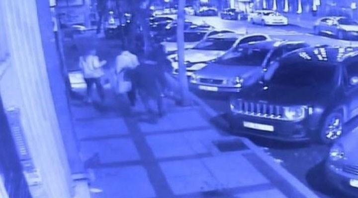 Beşiktaş'ta 3 turisti bıçaklayan kağıt toplayıcısının 45 yıla kadar hapsi istendi