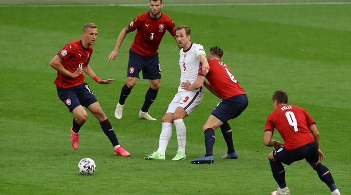 İngiltere, Hırvatistan ve Çekya son 16 turuna kaldı