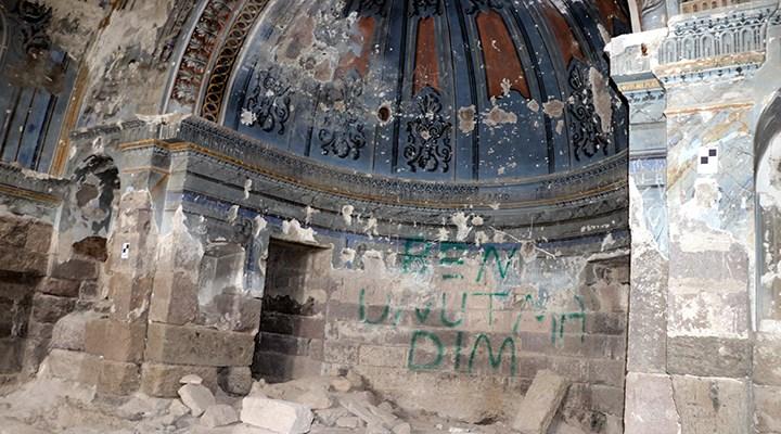 Kayseri'de tarihi kilise, defineciler tarafından talan edildi