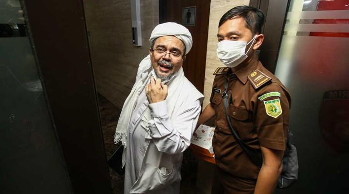 Endonezya'da koronavirüs test sonucunu gizleyen din adamına 4 yıl hapis cezası