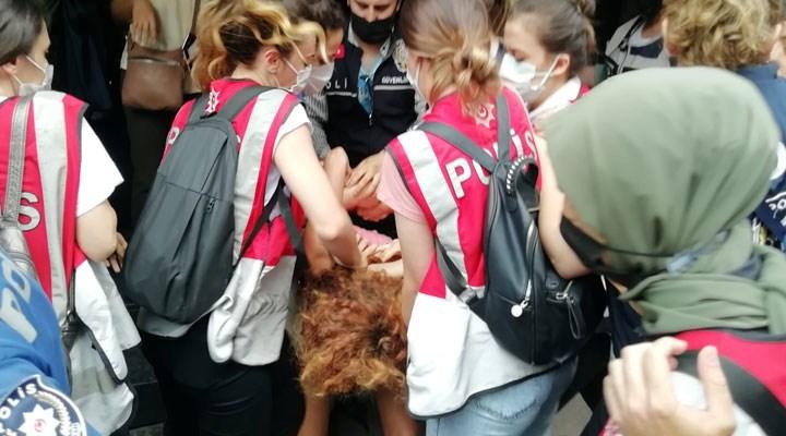 İstanbul'da Onur Yürüyüşü'ne polis müdahalesi: Gözaltılar var