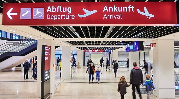 Almanya 80 ülkeye yönelik seyahat uyarılarını kaldırdı