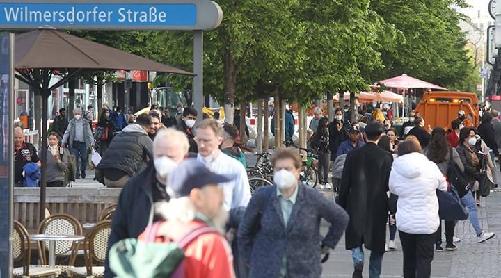 DSÖ: Avrupa'da koronavirüs vaka sayısındaki 10 haftalık düşüş sona erdi