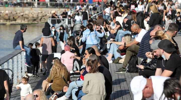 İsrail'deki yeni vakaların yüzde 90'ı Delta varyantı kaynaklı