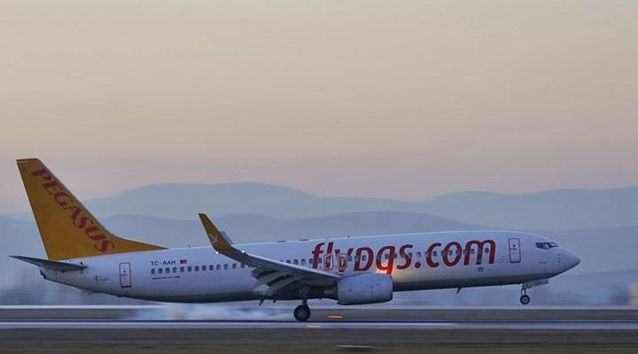 Düsseldorf'ta Pegasus kargaşası: Türkiye'ye uçuşlar iptal