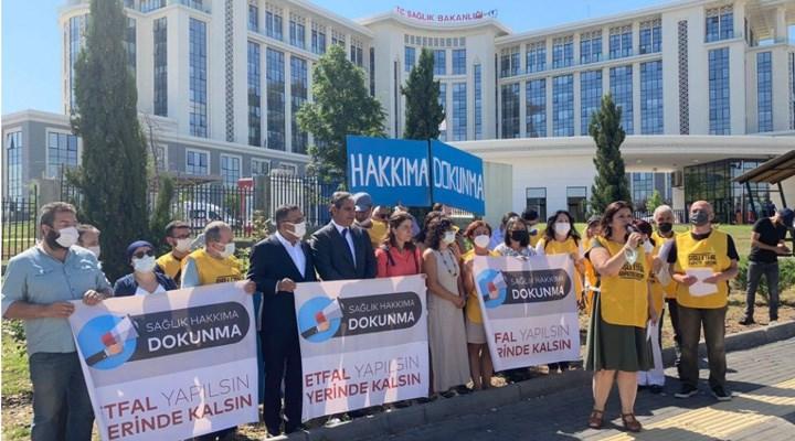 Şişli Etfal Dayanışması, 30 bin imzayı Sağlık Bakanlığı'na verdi: 122 yıllık sağlık güvencesi yok edilmesin