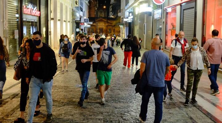 Yunanistan'da kısıtlamalar geri geliyor