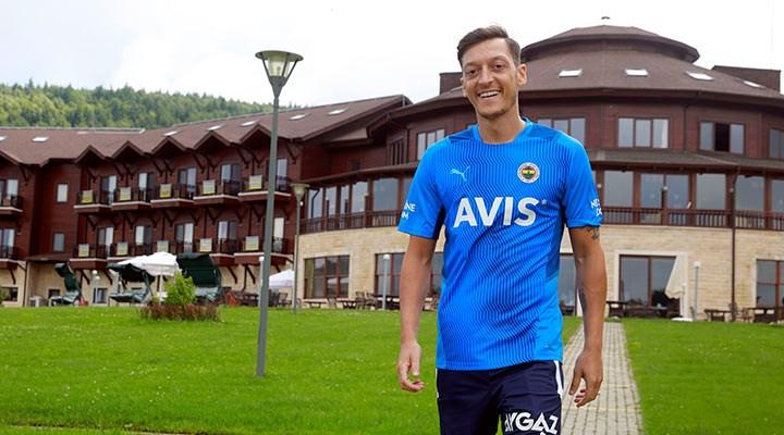 Mesut Özil: Pereira akıllı bir hoca, ne yapacağını biliyor