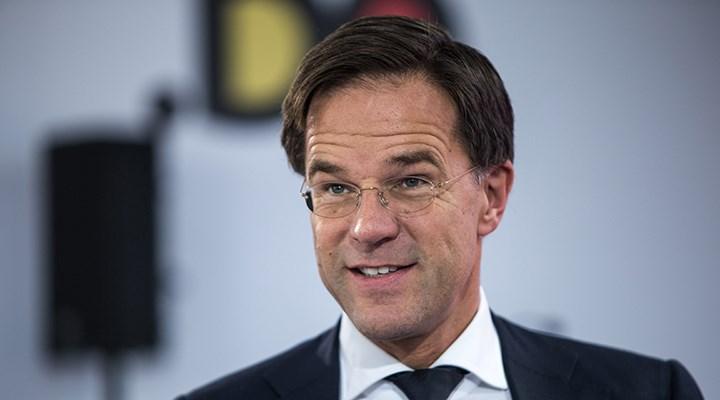 Hollanda Başbakanı Rutte, erken normalleşme için halktan özür diledi