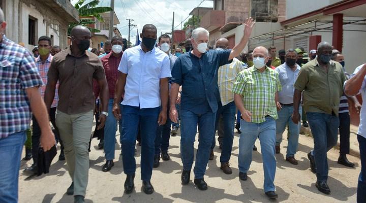 Küba'da ABD destekli gruplar sokağa çıktı, Devlet Başkanı Canel halka çağrıda bulundu: Devrimi teslim etmeyeceğiz!