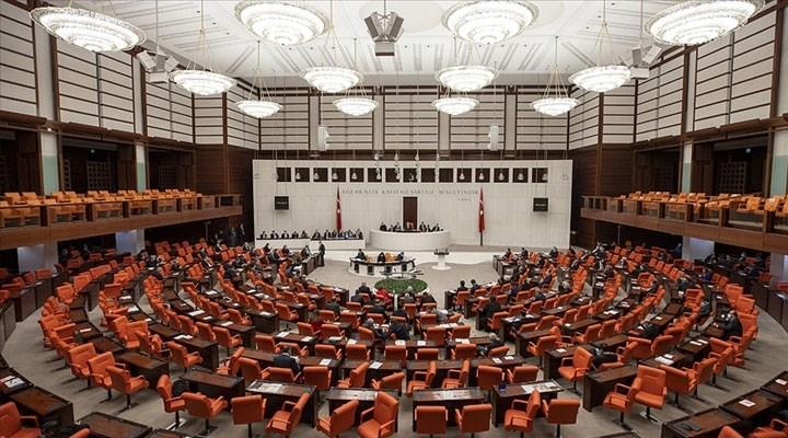 Emekliye 2 bin liralık bayram ikramiyesi teklifi, AKP ve MHP oylarıyla reddedildi