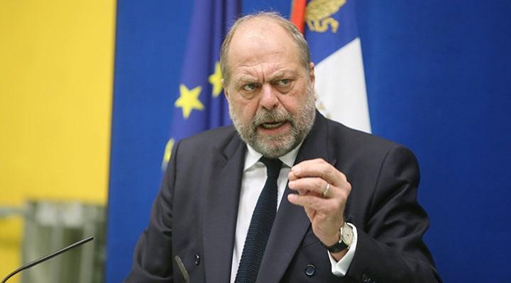 Fransa'da ilk kez görevdeki bir adalet bakanı yargılanacak