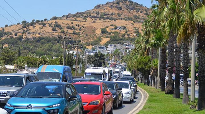 Bodrum'a 1 haftada 140 bin araç giriş yaptı