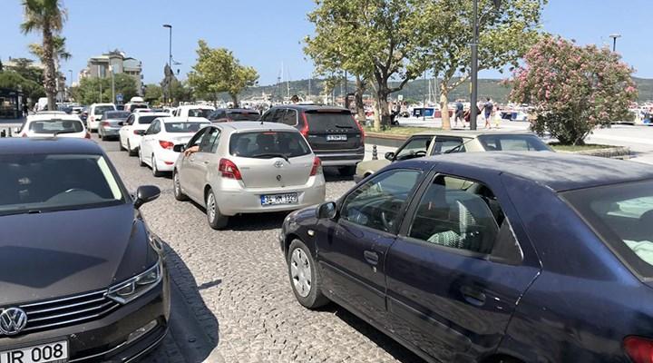 Tatilcilerin İstanbul'a dönüş yolculuğu erken başladı