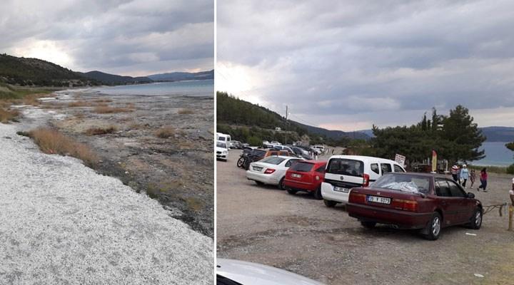 Salda Gölü Koruma Derneği: Suya girenler nedeniyle hidromanyezit stromatolitlerin oluşumu bozuluyor, balçık oluşuyor