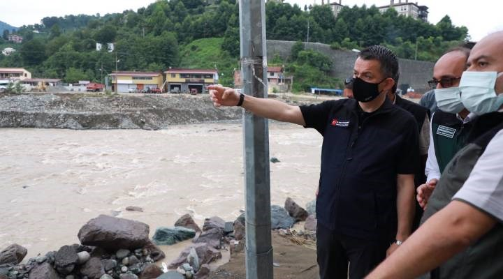 Tarım ve Orman Bakanı Pakdemirli sel bölgesinde: Vatandaşımız kendini korumanın yollarını arayacak