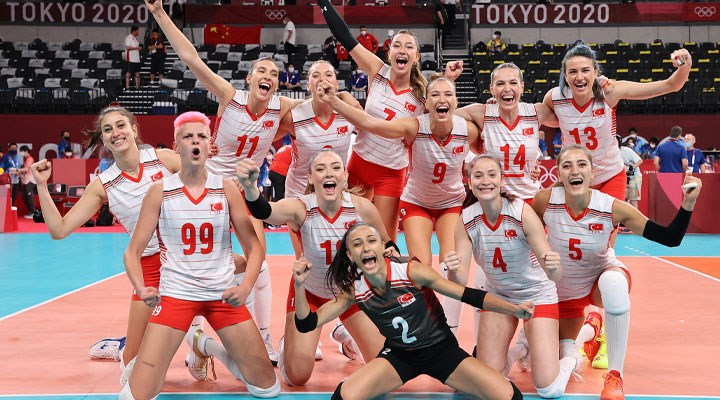 Kadın Milli Voleybol Takımı, son Olimpiyat şampiyonu Çin'i 3-0 yendi