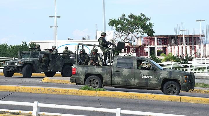 Meksika'da uyuşturucu çeteleri arasında çatışma: 18 ölü