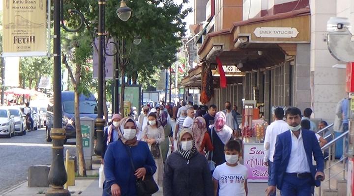 """""""Diyarbakır'da koronavirüs aşısının kısırlık yaptığı dedikodusu yayılmış durumda"""""""