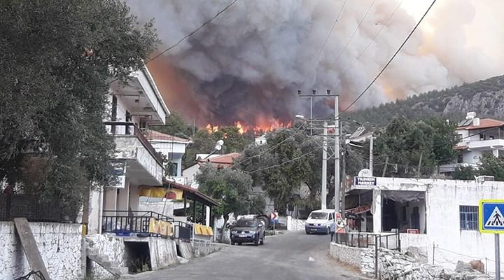 Milas'ta yangın yerleşim yerlerinde: Gökbel köyü boşaltıldı