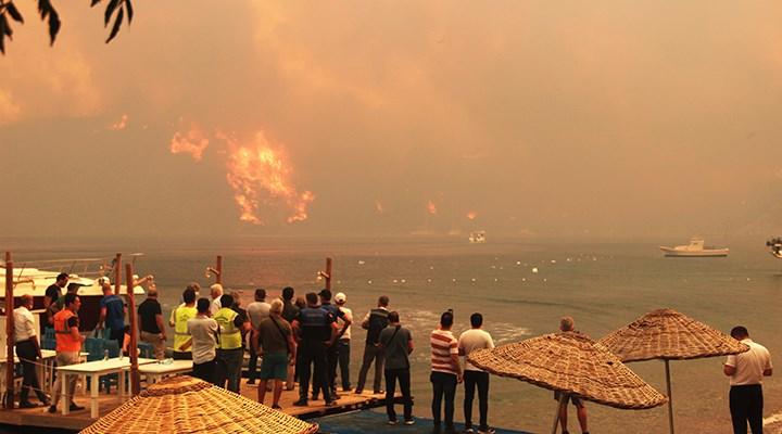 Çökertme ve Köyceğiz'de yangın söndürme çabaları sürüyor