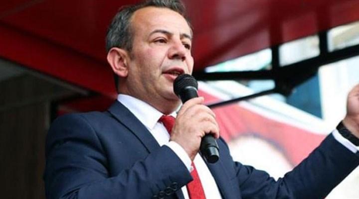 Bolu Belediye Başkanı Özcan, AKP'li üyelere çay fırlattı, ayrımcı önergesi komisyona sevk edildi