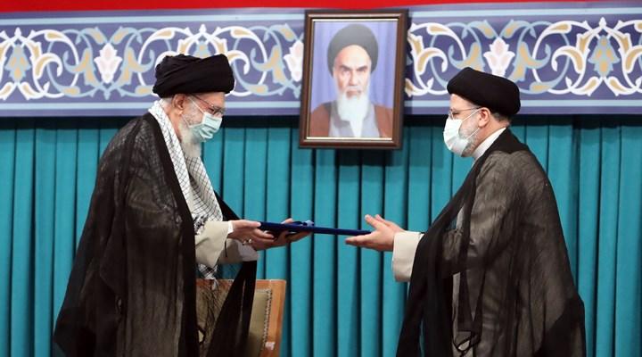 İran'ın yeni Cumhurbaşkanı Reisi, mazbatasını Hamaney'den aldı