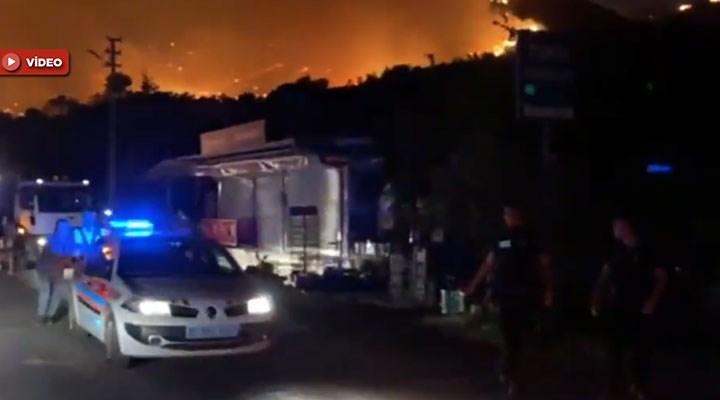 Muğla-Milas'ta alevler termik santral yakınına ulaştı: Bölge boşaltılıyor