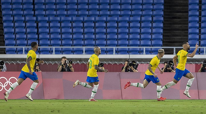 Tokyo 2020: Erkekler futbolda altın madalyayı Brezilya kazandı