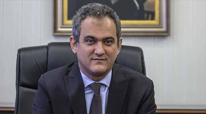Eğitim Bakanı Mahmut Özer, diğer görevinden ayrıldı