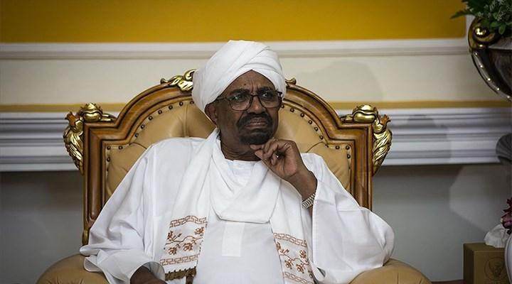 Sudan, devrik Cumhurbaşkanı Ömer el-Beşir'i UCM'ye teslim edecek