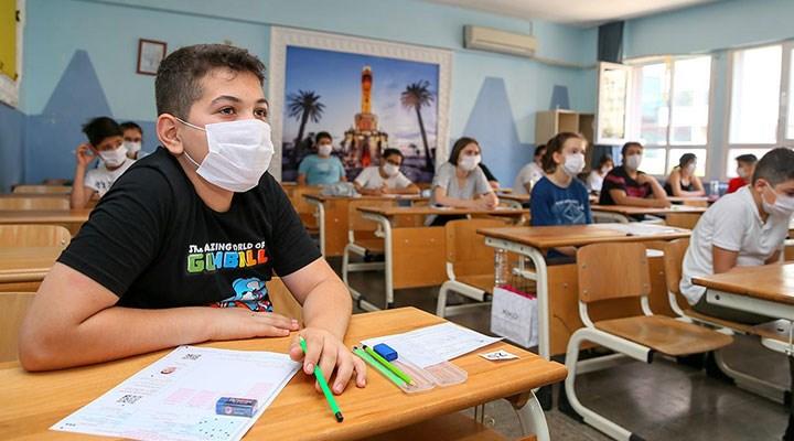 Sınavlar, sistemin makyajını döktü