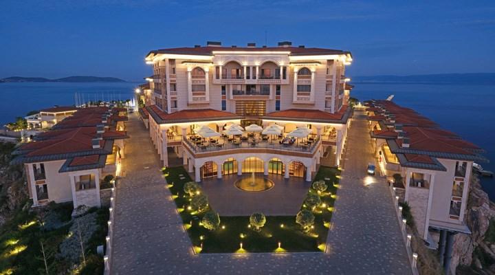 Yassıada'da inşa edilen otel hizmete girdi: Gecelik 70 bin TL'ye kral dairesi