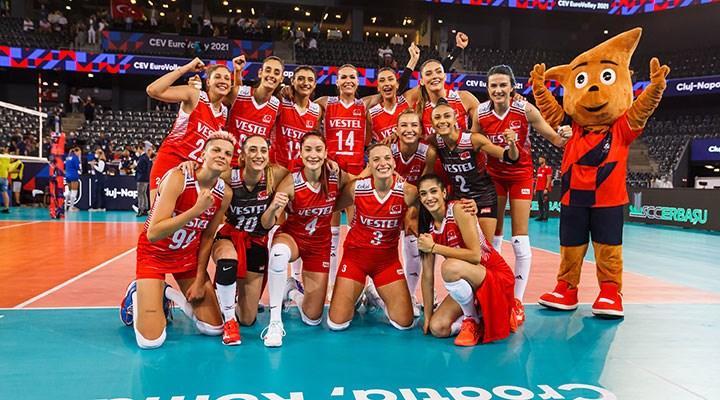 Türkiye A Milli Kadın Voleybol Takımı, Avrupa Şampiyonası'nda 3'te 3 yaptı
