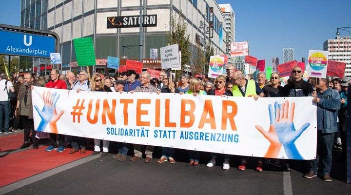 Berlin ırkçılığa ve aşırı sağa karşı düzenlenecek dev mitinge hazırlanıyor