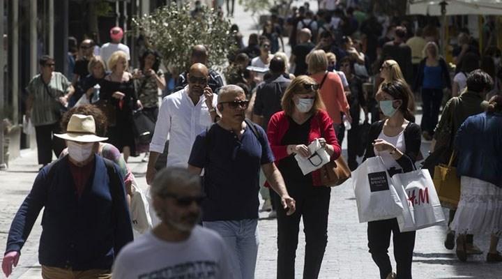 Yunanistan'da aşı karşıtlarına yönelik tedbirler artırıldı