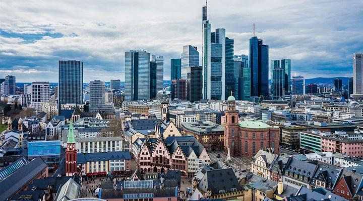 Frankfurt bir meydana Eskişehir adını veriyor