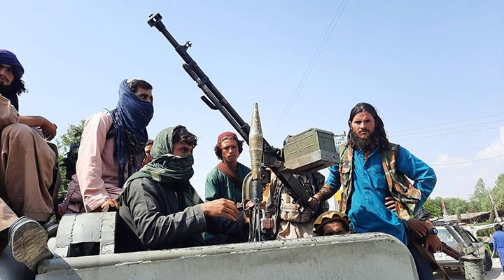 Taliban Sözcüsü: Müzik yasak, erkeksiz kadın 2 günden uzun yolculuk yapamayacak