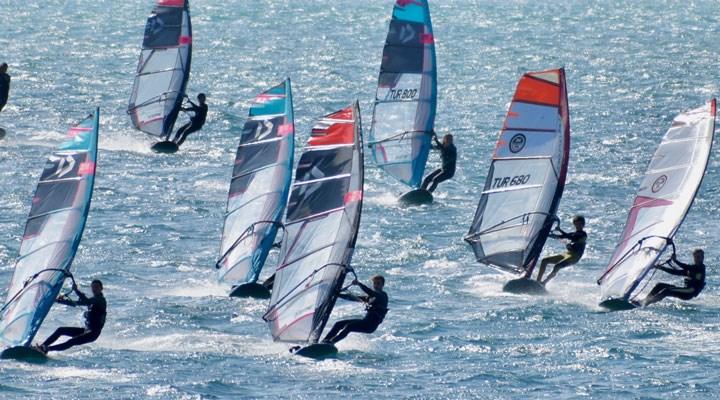 Çeşme'de Windsurf Mücadelesi başlıyor