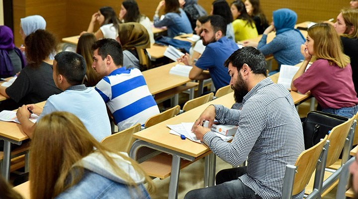 AKP'nin politikaları sosyoloji ve felsefeye küstürdü: Sosyal bilimler tercih edilmiyor